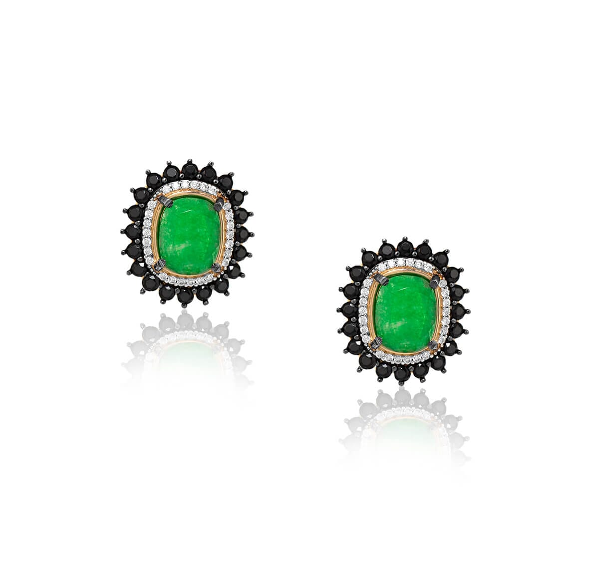 Brinco folheado a Ouro 18k com pedra verde cravejado com zircônias negras e brancas